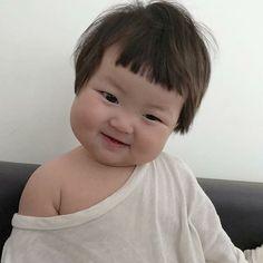 Little Boy And Girl, Cute Little Baby, Cute Baby Girl, Little Babies, Cute Mixed Babies, Cute Asian Babies, Korean Babies, Baby Girl Pictures, Baby Photos