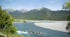 TranzAlpine: Crossing the Southern Alps from Christchurch to Greymouth #NewZealand