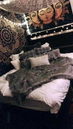 What You Don& Know About Boho Hippy Bedroom Room Ideas Cozy Makes You Chocolate . - What You Don& Know About Boho Hippy Bedroom Room Ideas Cozy Makes You Shock 27 - Bedding Master Bedroom, Room Ideas Bedroom, Cozy Bedroom, Bedroom Inspo, Light Bedroom, Bedroom Designs, Trendy Bedroom, Bedroom Lighting, Modern Bedroom