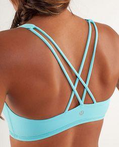 lulu crossback sports bra in light blue! I want!