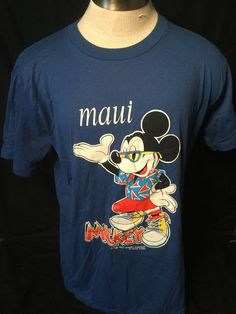 35293e71abb Vintage 1980 s Mickey Mouse Disney Maui Hawaii Velva Sheen Mase in the USA T -Shirt