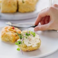One thing we still love eating for brekkie is a scone. And, as always, we decided to change things up a little bit and make these savoury pepper scones. Baked Fish, Oven Baked, Cooking With Kids, Cooking Time, Strawberry Popcorn, Fried Dumplings, Love Eat, Cook At Home, Tray Bakes
