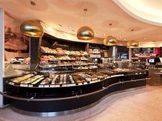 Schrutka_Peukert  PLANUNG OBERMEIER  www.ideen-zeichenwerkstatt.de Ladenbau, Ladeneinrichtung Bäckerei Cafe Confiserie Pizza Foodstore Metzgerei Fleischerei   Lebensmittelhandel und Gastronomie.