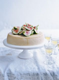 ricotta cheesecake with figs//donna hay