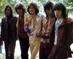 Rolling Stones    Google Image Result for http://jasobrecht.com/wp-content/uploads/2011/10/Rolling-Stones-during-Exlie.jpg