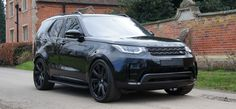 Land Rover Discovery 5 - Exterior - Revere London