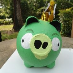 Easy paper mache tutorial, angry birds king pig, fun for kids and grown-ups alike