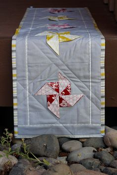 Pinwheel Quilted Table Runner