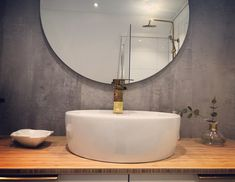 Bathroom brass Bamboo and concrete