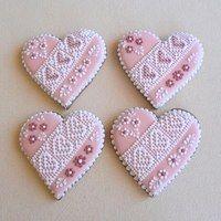 Cena je za 1 ks ve velikosti 10 cm,balený… Lace Cookies, Flower Cookies, Royal Icing Cookies, Cupcake Cookies, Cookie Bouquet, Cookie Favors, Valentine Cookies, Easter Cookies, Valentines