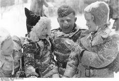 German soldier plays with kids in Norway 1941
