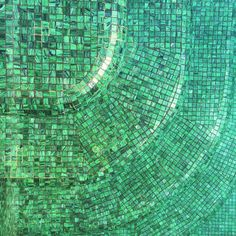 Twisted by the pool  #greenestgreen #water #mosaic #pool #hotelcrillonlebrave #hclbsummer #summer #sunisshining #hotintheshade