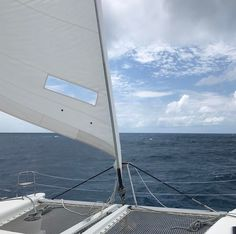 Jib is up and full. This was going passed Necker Island off Virgin Gorda. With the main sail I think we were pulling like 9-10 knots but smooth #sailing this day.  #catamaran #boat #islandlife #ocean #sailboat #instadaily #instagram #nofilter #vacation #virginislands #caribbean #relaxing #chill