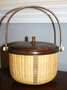 Ross Special Nantucket Basket by Joni and David Ross
