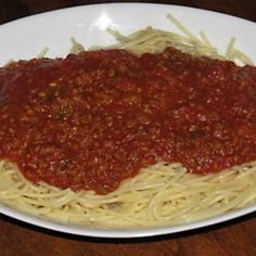 Five Communal Dishes from Mauritania Coconut Sauce, Korean Street Food, Bolognese Sauce, Creamy Mushrooms, Pasta, One Pan Meals, Spaghetti Sauce, Cooking Recipes, Dishes