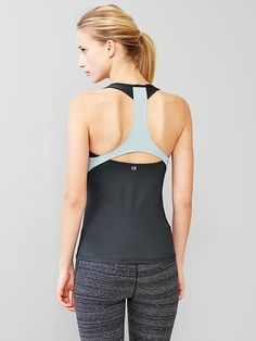 GapFit racerback tank with built-in bra Product Image