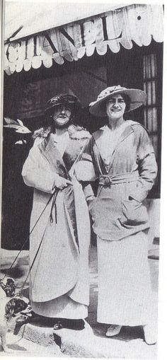 1913 - Gabrielle Chanel & Adrienne Chanel in front of the Chanel boutique in Deauville