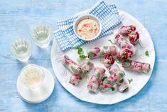 Thai Recipes, Asian Recipes, Healthy Recipes, Tapas, Tortilla Pinwheels, Beef Roll, Lunch Snacks, Spring Rolls, Fresh Rolls