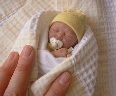 bebe de polymer clay