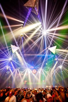 Ideas music concert photography edm for 2019 Music Room Art, Music Artwork, Lollapalooza, Martin Garrix Concert, Trance, New Music, Good Music, Coachella, Stage Lighting Design