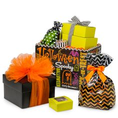 Halloween Packaging from Nashville Wraps! #halloweengiftbaskets