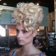 Hair by Lauren Behnken @laurenbehnken @thecollectivehairstudio