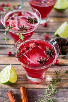 Spiced sparkling cranberry punch