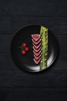 Food with Nico by Eve Haudeville, via Behance