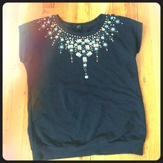 Beaded forever 21 top! Really cute short sleeve sweater top with heading Forever 21 Tops Blouses