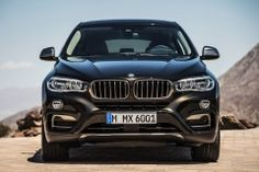 2018 BMW X6 front angle