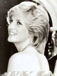 THIS HAS TO BE MY FAVORITE PIC OF DIANA ♥ REST IN ETERNAL PEACE