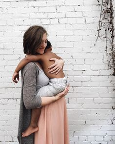 family: Rebecca and Randall Pearson Family Goals, Beautiful Family, Mother And Child, Mommy And Me, Baby Fever, Maternity Fashion, My Children, Family Photos, Pregnancy