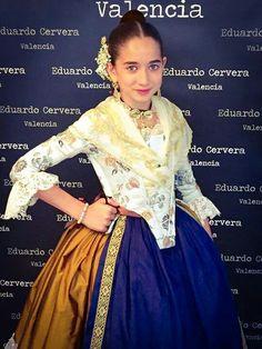 Valenciana Folk Costume, Costumes, Formal Dresses, Regional, How To Wear, Clothes, Fashion, Vestidos, Pattern Cutting