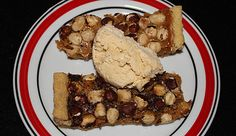 Lakrids karamel tærte med hasselnødder