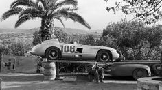 1955 Targa Florio - The Fitch-Titterington Mercedes-Benz 300 SLR on its transporter. They finished Mercedes Benz 300, Sports Car Racing, Road Racing, F1 Racing, Le Mans, New Luxury Cars, Porsche, Race In America, Classic Race Cars