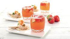 By Charles Flamminio cl. 2 di Cherry cl. 5 di Soda 3 pezzetti di lime 6 pezzetti di fragola 1 cuchiaio di zucchero Franciacorta Rosé a colmare  #cocktail #lamadia #lamadiatravelfood #soda #cherry