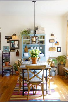 27 Chic Bohemian Interior Design You Will Want To Try &; Interior Remodel 27 Chic Bohemian Interior Design You Will Want To Try &; Interior Remodel Liv Lykke and me livlykkeandme Interior design […] Homes interior boho Interior Bohemio, Cozy Apartment Decor, Apartment Therapy, Apartment Plants, Vintage Apartment Decor, Colorful Apartment, Apartment Living, Apartment Interior, Interior Doors