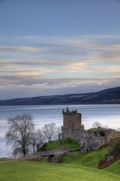 Castle's Rock - 08 April 2018 Urqhart Castle Loch Ness, Scotland Urquhart Castle (About this sound listen (help·info); Scottish Gaelic: Caisteal na Sròine) sits beside Loch Ness in the Highlands of. Scotland Top, Scotland Castles, Scottish Castles, England And Scotland, Scotland Travel, Loch Ness Scotland, Glasgow Scotland, Ireland Travel, Places To Travel