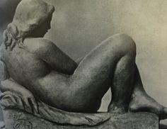 """Aristide Maillol Аристид Майоль """"Лежащая девушка"""" 1900"""