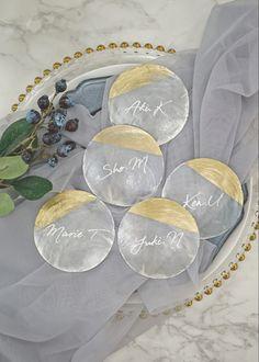 9 Tips That Can Make Or Break Your Wedding Reception - Vera's Wedding Help Wedding Table, Diy Wedding, Wedding Tips, Dream Wedding, Top Wedding Trends, Wedding Designs, White Wedding Bouquets, Wedding Officiant, Wedding Places