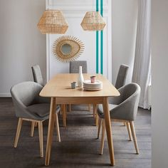 Jimi Solid Oak Dining Table (Seats LA REDOUTE INTERIEURS Jimi dining table seats Perfect in size and with superb lines, the Jimi dining table can seat up to 6 people comfortably. Solid Oak Dining Table, Extension Dining Table, Table Seating, Deco Design, Sofa Furniture, Colorful Interiors, Dining Chairs, Sweet Home, Room Decor