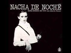 """Nacha Guevara - La Mucamita - Del espectáculo """"Nacha de Noche"""" (España, 1977)."""