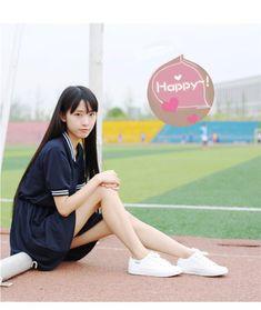 School Girl Japan, School Girl Outfit, Japan Girl, Cute Asian Girls, Beautiful Asian Girls, Cute Girls, Emo Girls, Beautiful Women, Redhead Girl