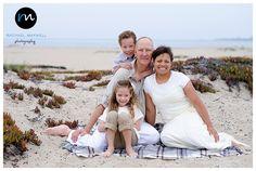 Beach family photos - Rachael Maxwell Photography