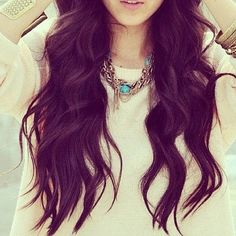 Really wanna do loose waves like these ! Just need a big fat curling wand ;(