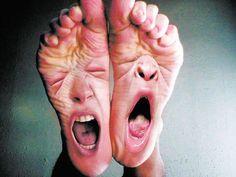 Hola a todos. En esta ocasión os traigo una manera super fácil y práctica de quitaros el mal olor de los pies con unos ingredientes básicos que todos tenemos en casa, y el resultado durará por mucho tiempo. Normalmente, y si hay ausencia de...