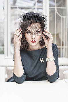 Stunning hat on a pretty lady!