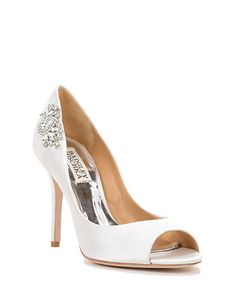 SEDUCE evening shoes by Badgley Mischka, now available at the official website. Free shipping, exchanges, and returns.