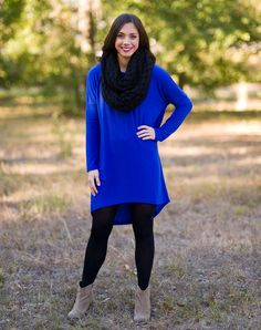 This long sleeve, light weight sweater tunic featuring a hi-low hemline is the perfect pop of  color and fit!  Looks great paired with our snakeskin leggings.