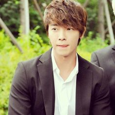 Can I just marry this guy right now? >.< #donghae